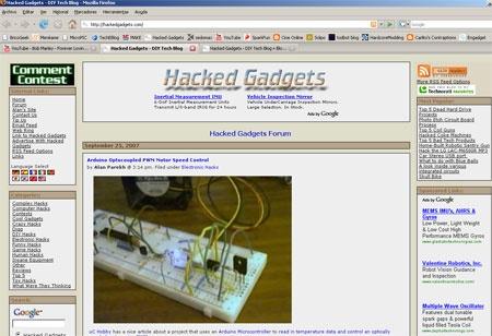 Articulo de BricoGeek en portada de HackedGadgets.com