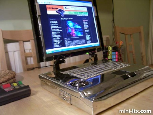 DIY: Equipo portatil con mini-ITX