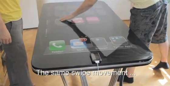 Mesa iPhone gigante (58 pulgadas)