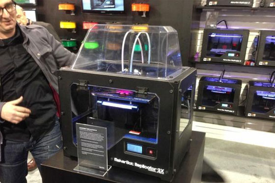 Makerbot Replicator 2X en el CES 2013