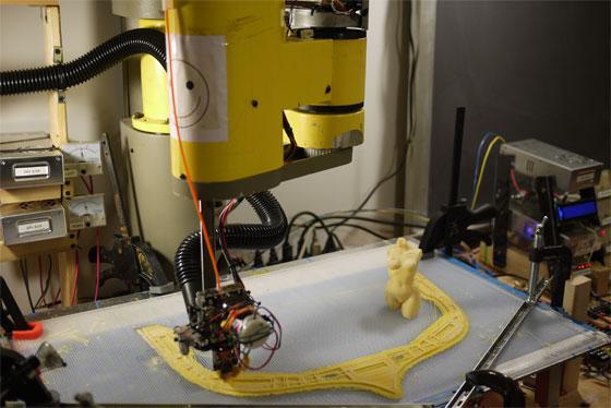 Robot SCARA transformado en impresora 3D