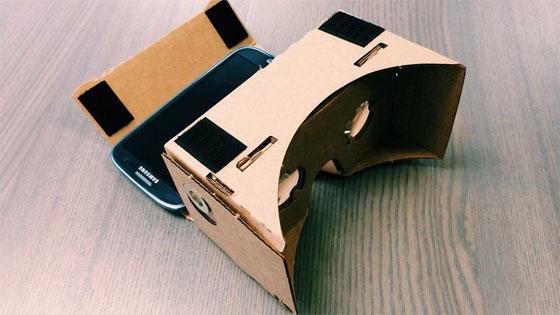 Las gafas 3D de Google hechas de cartón