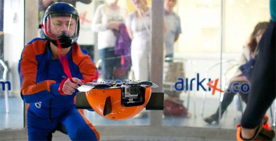 Freefall: Una cámara para salto en paracaidas