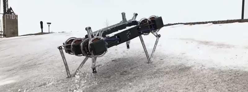 Ghost Minitaur ha vuelto y ahora es capaz de andar sobre dos patas