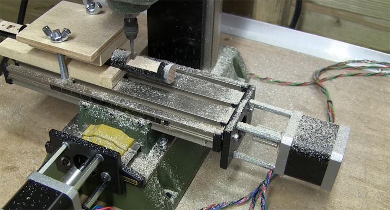 Cómo convertir una fresa Proxxon MF 70 a CNC con Arduino
