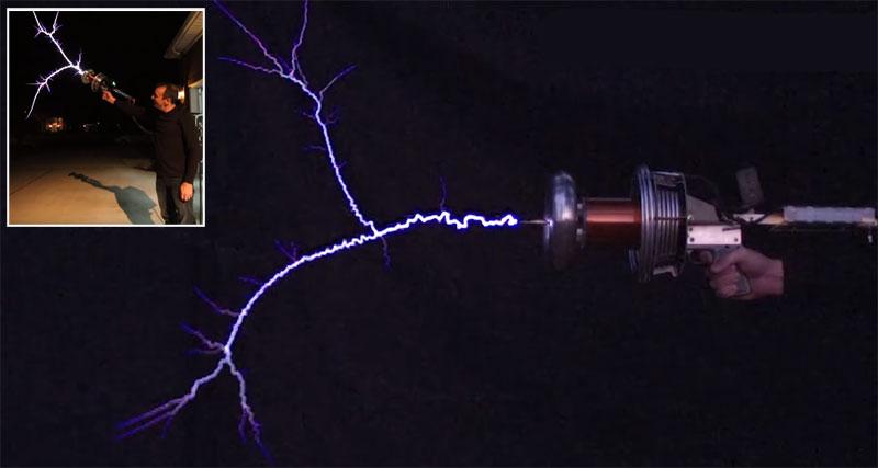 Pistola Tesla Coil portátil grabada a 28000 fps