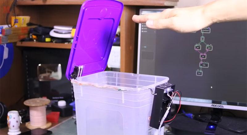 Construye una papelera automática sin programar con XOD