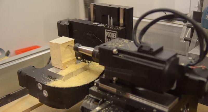 Revisión de la PocketNC v2 - Mini CNC de 5 ejes