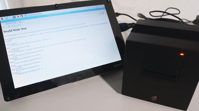 Réplica de un NeXT Computer con Raspberry Pi