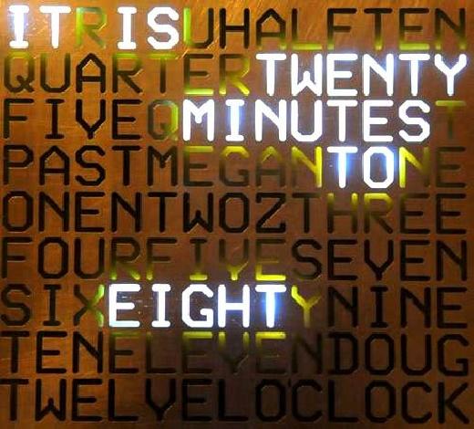 Reloj de pared casero con palabras