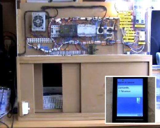 Control de una puerta de garaje con PLC LOGO de SIEMENS