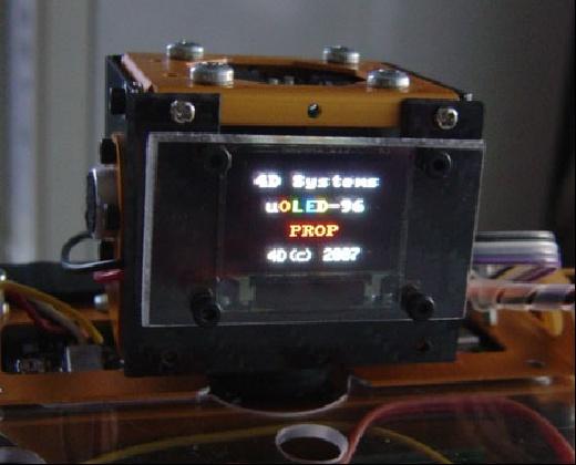 Robonova con pantalla OLED y Propeller