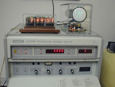 Reloj atómico con Nixie tubes
