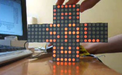(Video) Cruz de Farmacia casera con Matriz de LED