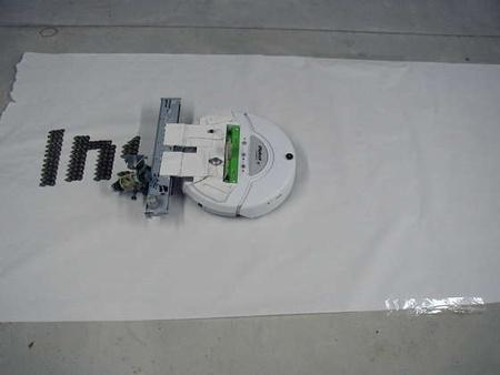 (Video) PosterBot: El robot capaz de dibujar pancartas